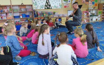Zimowy koncert skrzypcowy dla dzieci z Przedszkola nr.7 wWyszkowie / 2016